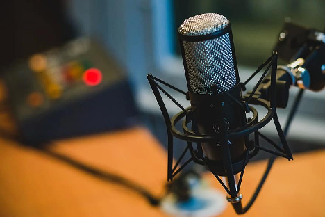 5 Best Podcasts To Listen to While Driving Your Truck